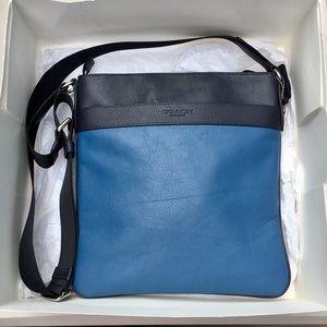 Coach Bowery Smooth Leather Crossbody Bag Purse